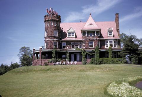 Castle Restaurant New Haven - June, 1952