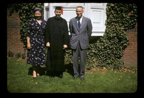 Raymond E. Oliver, Mom, Dad - 1952