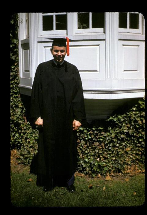YDS Raymond E. Oliver new graduate - 1952